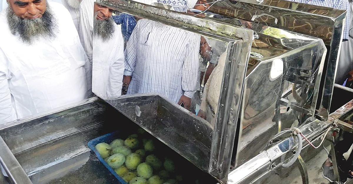 কেমিক্যাল ছাড়াই আম ভালো রাখবে শোধন যন্ত্র